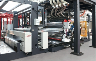 Cast-lamination line with 3 sections for the production of barrier film