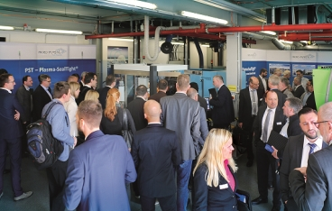 KUNSTSTOFF-DIA(hr)LOG at AKRO-PLASTIC:  Quo vadis – automotive industry?